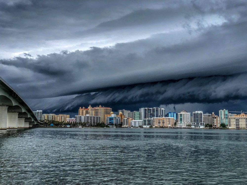Una tempesta a Sarasota, Florida.