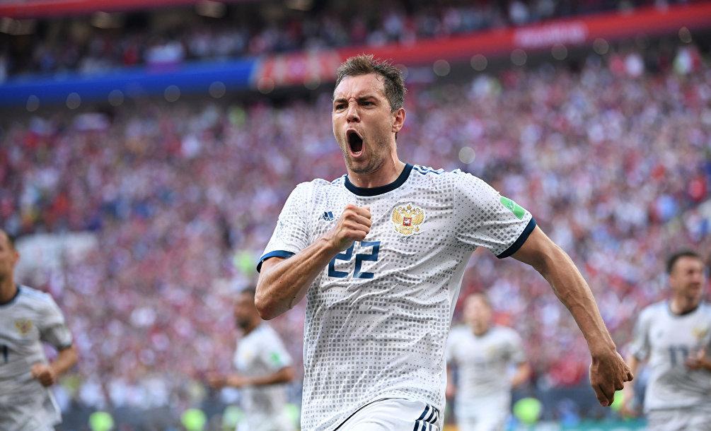 Mondiali Russia 2018, paura a Sochi: auto contro pedoni, un morto