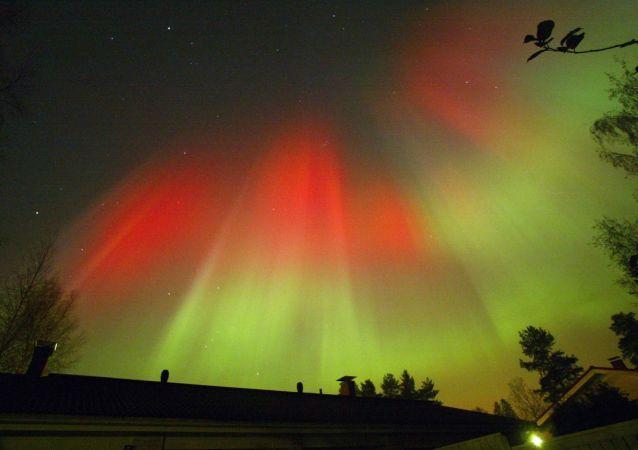 L'aurora boreale, ripresa nei cieli notturni di Hyvinkää, in Finlandia