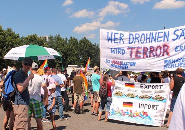 Proteste presso base di Ramstein (foto d'archivio)