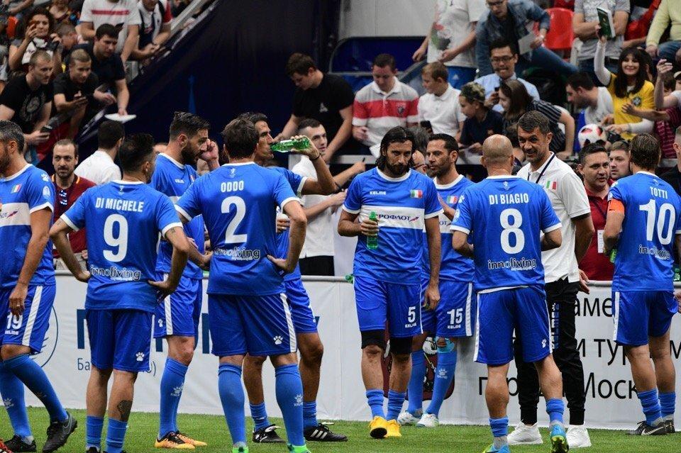 La squadra azzurra alla Legends Super Cup di Mosca