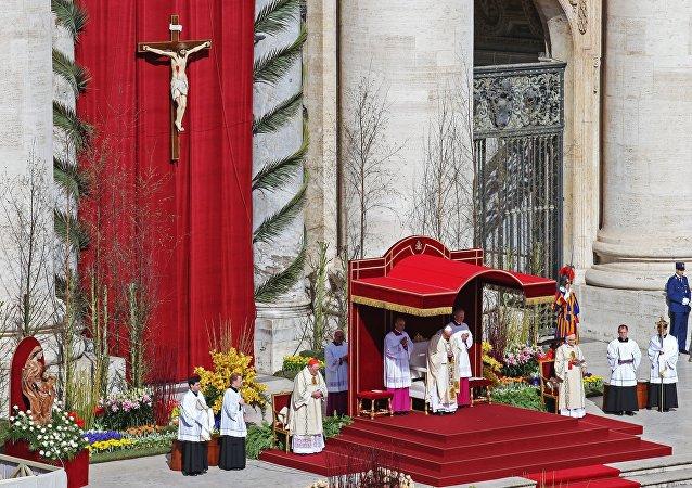 La messa di Pasqua in Vaticano