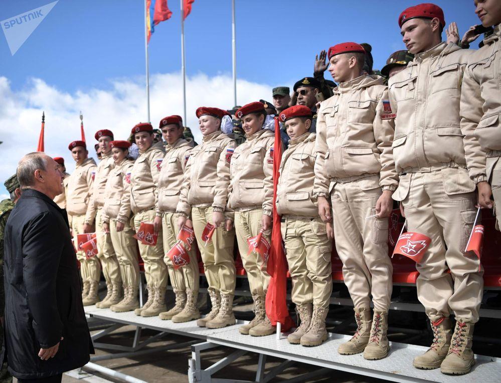 Vladimir Putin alle manovre militari Vostok-8