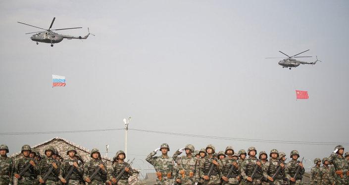 Una fase delle esercitazioni congiunte russo-cinesi del 2013.