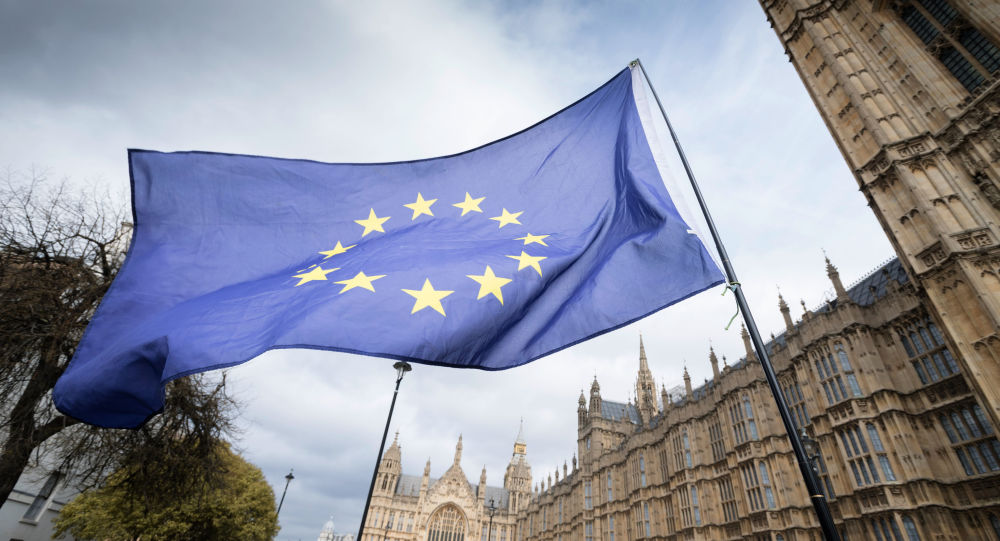 Brexit: governo britannico sopravvive alla mozione di fiducia