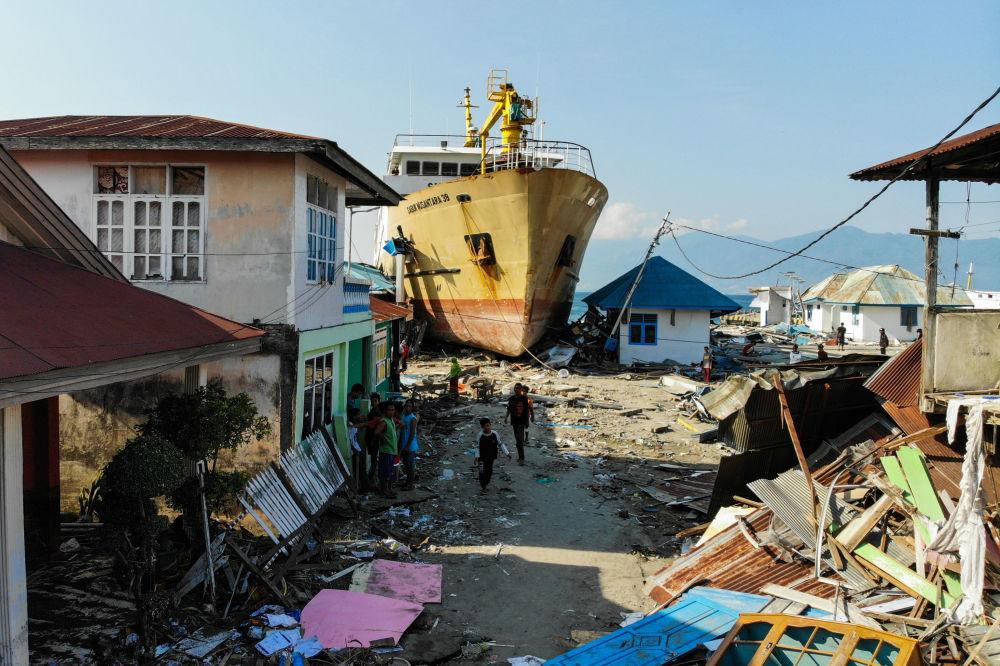 L'isola Sulawesi dopo il terremoto e lo tsunami, Indonesia.