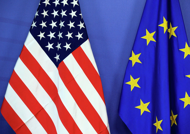 Bandiere USA e UE