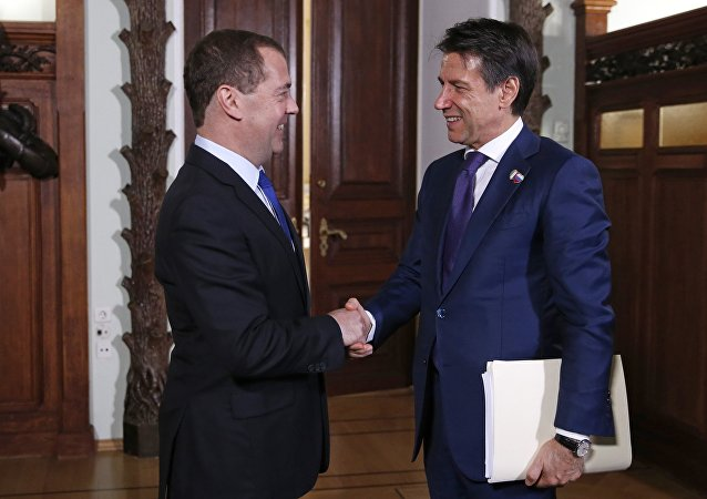 Incontro tra Dmirty Medvedev e Giuseppe Conte a Mosca
