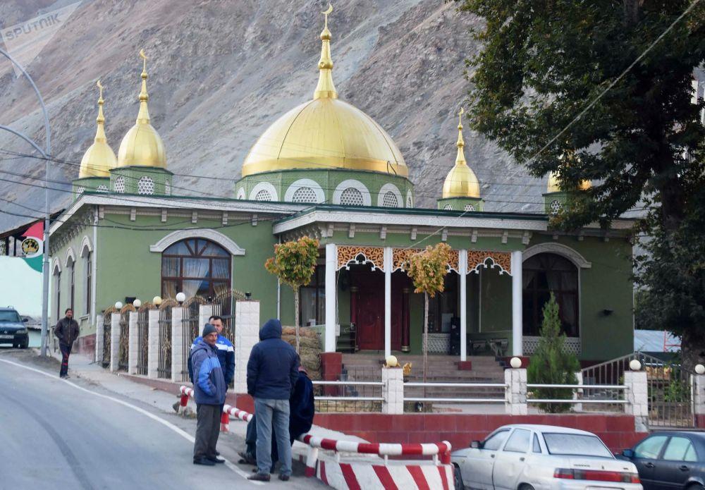 Una moschea nella città di Darvaz, Tagikistan