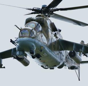 L'elicottero Mi-24 durante le esercitazioni congiunte di Cina, Russia, Kazakistan, Kirghizistan, Tagikistan e Uzbekistan.