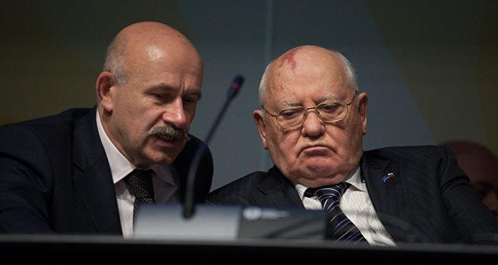 Pavel Palazhchenko e Mikhail Gorbaciov