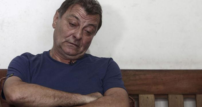 L'Attivista dell'estrema sinistra ed ex terrorista italiano Cesare Battisti