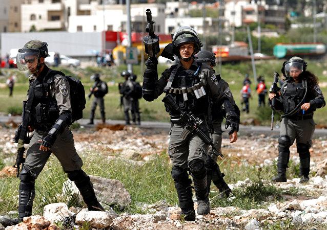 Soldati israeliani presso Ramallah