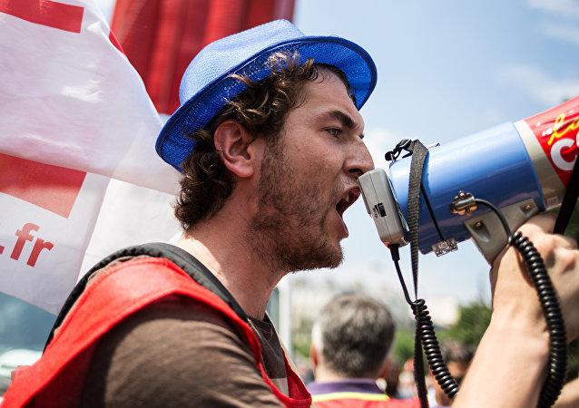 Manifestazione sindacale a Parigi (foto d'archivio)