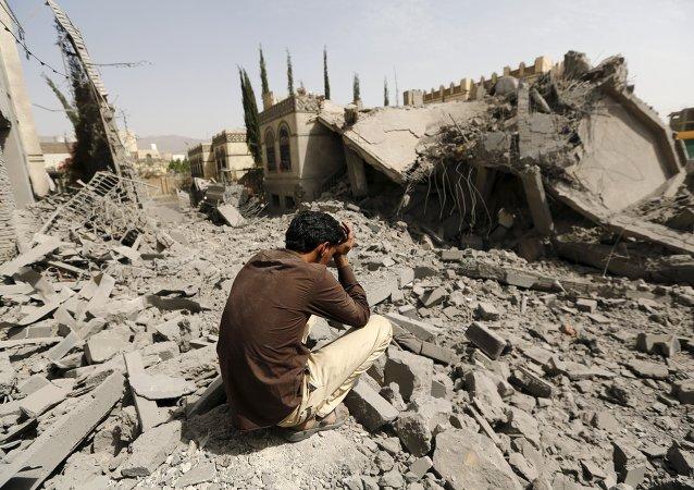 Distruzione della guerra nello Yemen