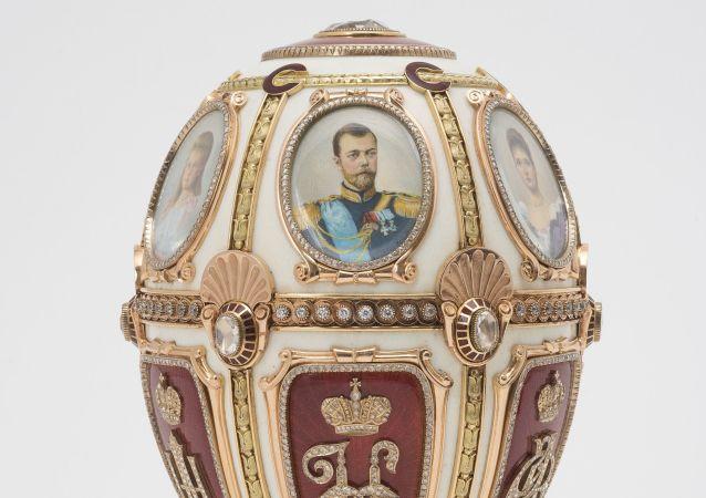 Shot e portasigarette: opere sconosciute di Carl Fabergé.