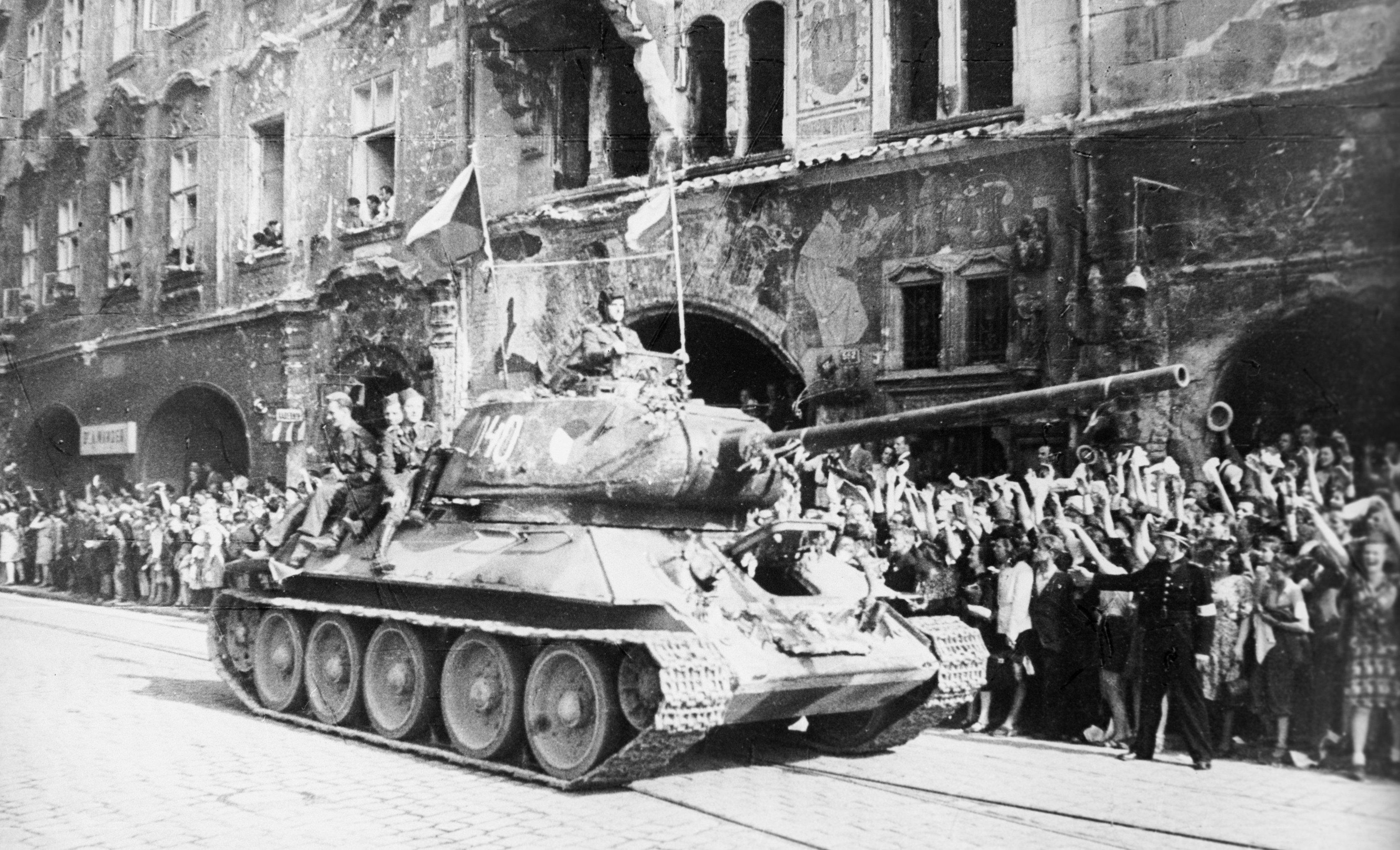 Il carro armato T-34, Praga