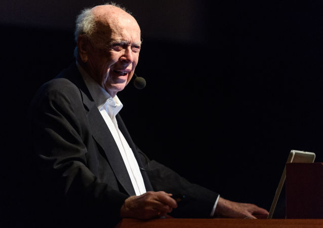 Il premio Nobel James Watson