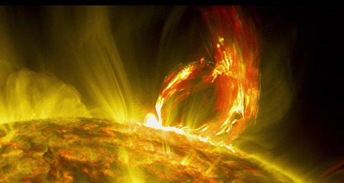 NASA: un'eruzione solare spettacolare