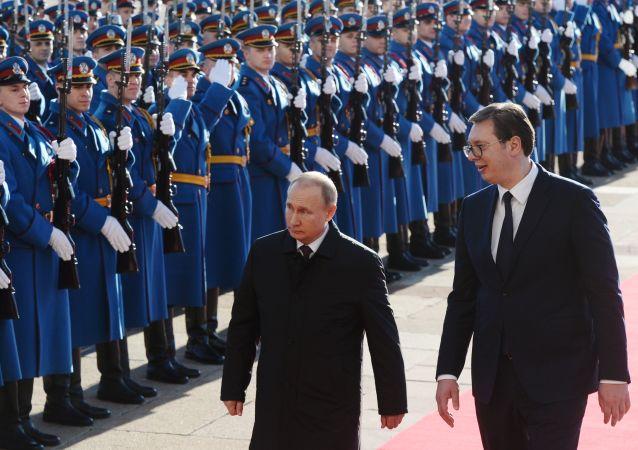 L'incontro tra Putin e Vucic a Belgrado