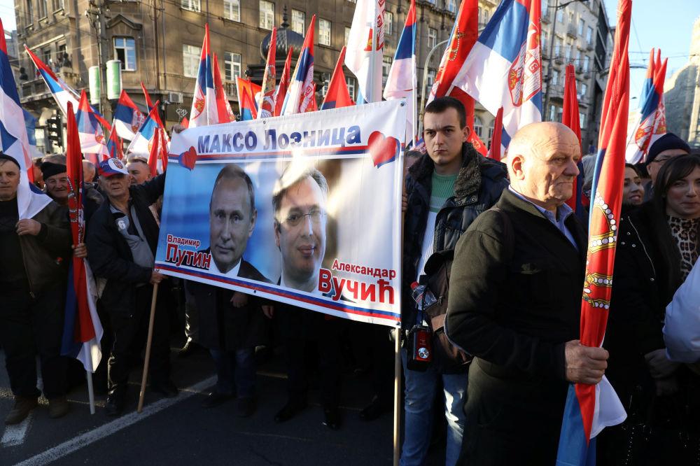 La visita di Putin in Serbia