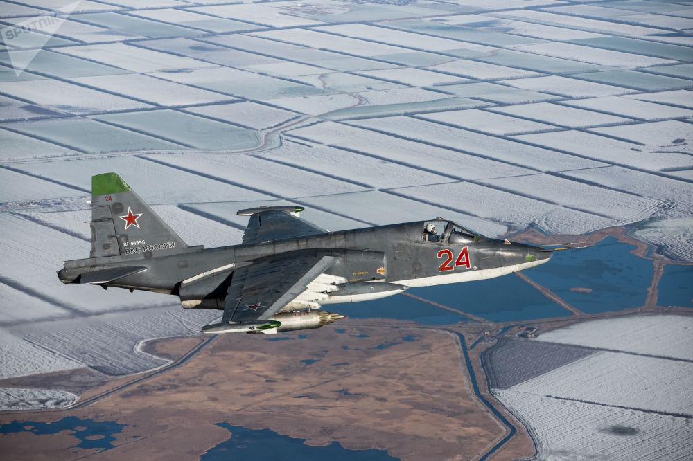 Su-25SM3 durante le esercitazione nel territorio di Krasnodar.