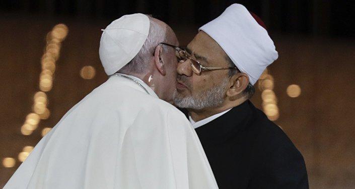 Papa Francesco e lo sceicco Ahmed el-Tayeb