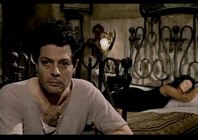 Mastrojanni e Sophia Loren sono Pasquale e Adelina in 'Ieri, oggi, domani'