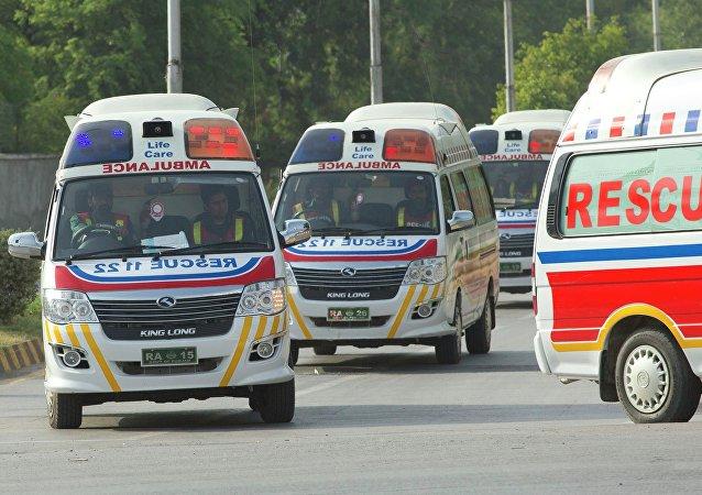 Ambulanza al Campo base nei pressi del monte Nanga Parbat, Pakistan.