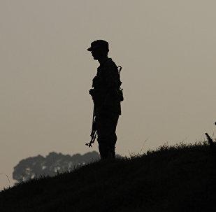 Soldato pakistano nel Kashmir