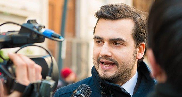 Carlo Sibilia, segretario della Commissione Affari Esteri e Comunitari alla Camera