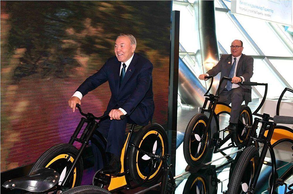 2017, dal 10 giugno al 10 settembre Astana ospita l'EXPO, dedicato al tema dell'energia. Nursultan Nazarbayev fa gli onori di casa, accogliendo il principe Alberto di Monaco