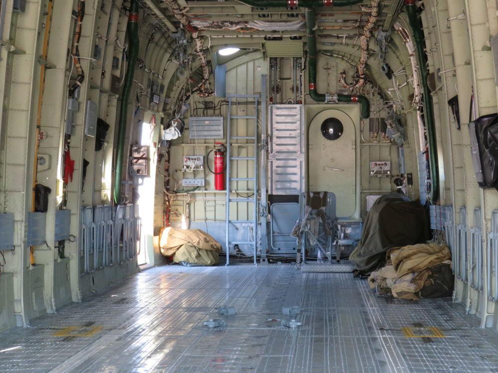 All'interno dell'elicottero Mi-26-T2V