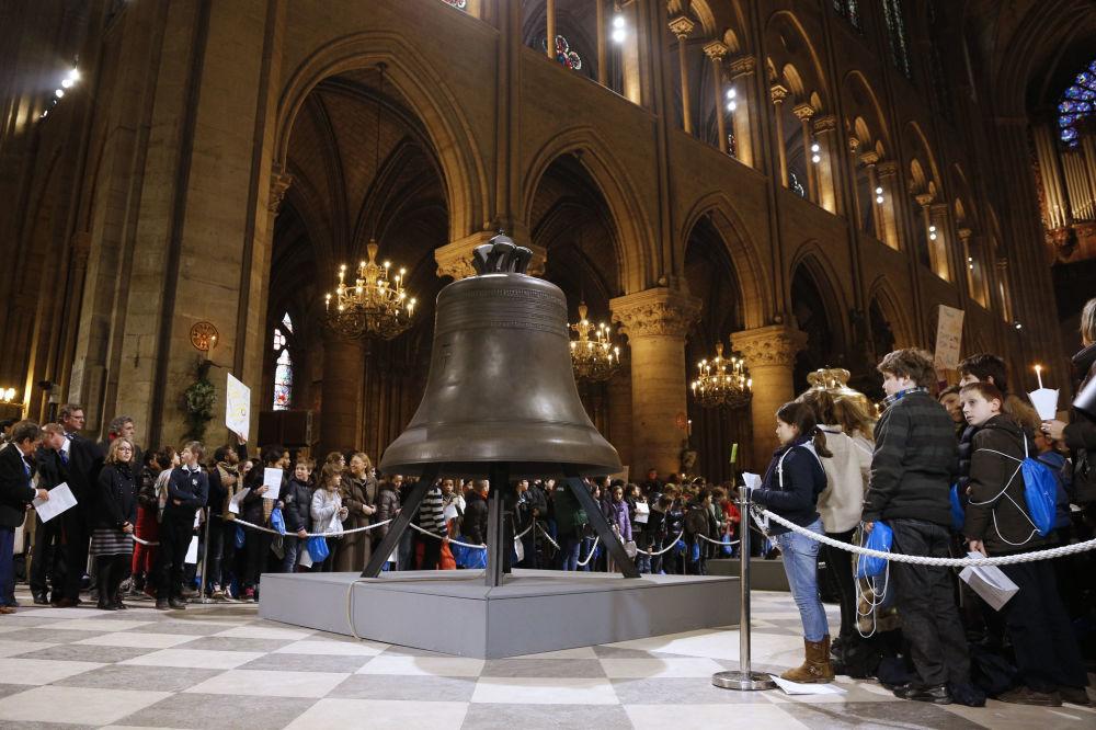2 marzo 2013 - la benedizione delle nuove campane della cattedrale di Notre Dame
