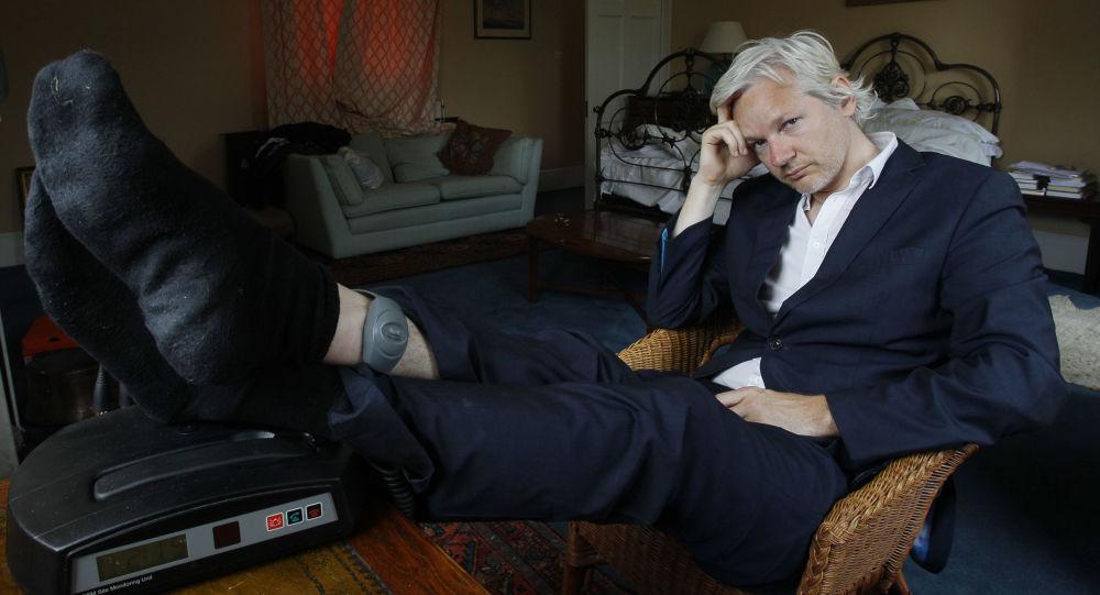 Jualian Assange
