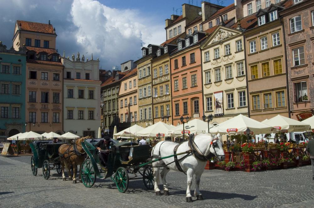 La Piazza del Mercato della Città Vecchia a Varsavia, 2006.