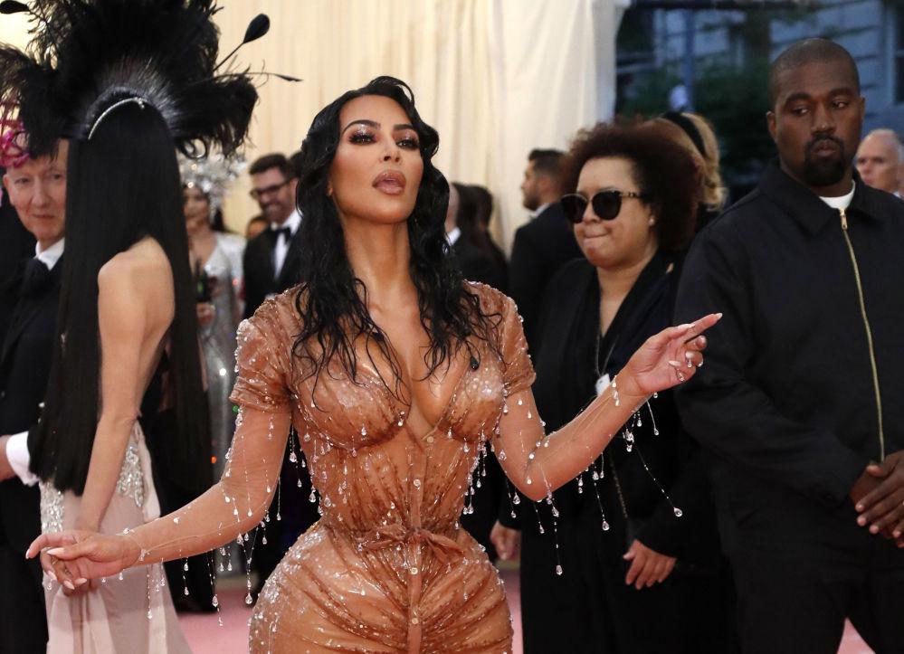 Kim Kardashian e suo marito Kanye West arrivano al Met Gala 2019 a New York, Stati Uniti.