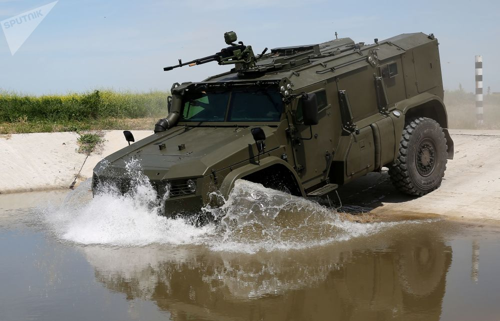 Uno dei nuovi mezzi Tayfun-PO per il trasporto di missili Igla, in dotazione alle truppe di difesa contraerea russe