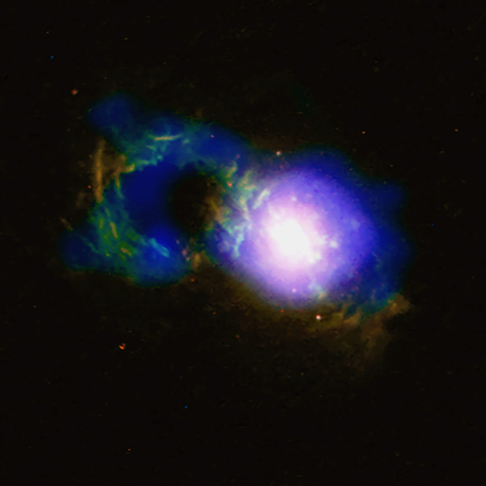 Il Quasar Teacup con un abbondante buco nero SDSS 1430 + 1339.