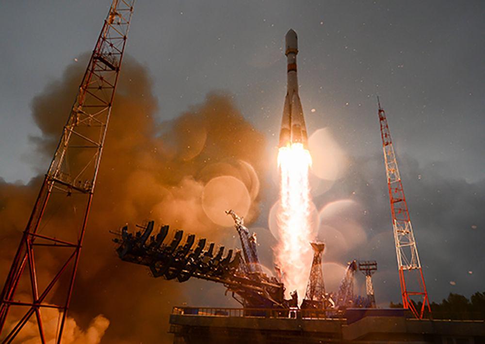 Lancio del razzo Soyuz-2.1B con il vettore spaziale nautico Glonass-M dal cosmodromo di Plesetsk.