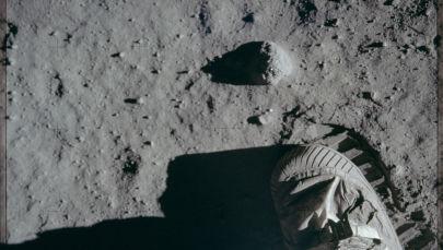 L'impronta lasciata sul suolo lunare da Neil Armstrong