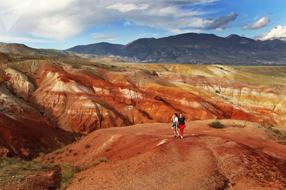 Questi turisti in cuor loro possono dire di essere stati su Marte