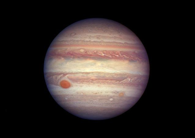 Il pianeta Giove