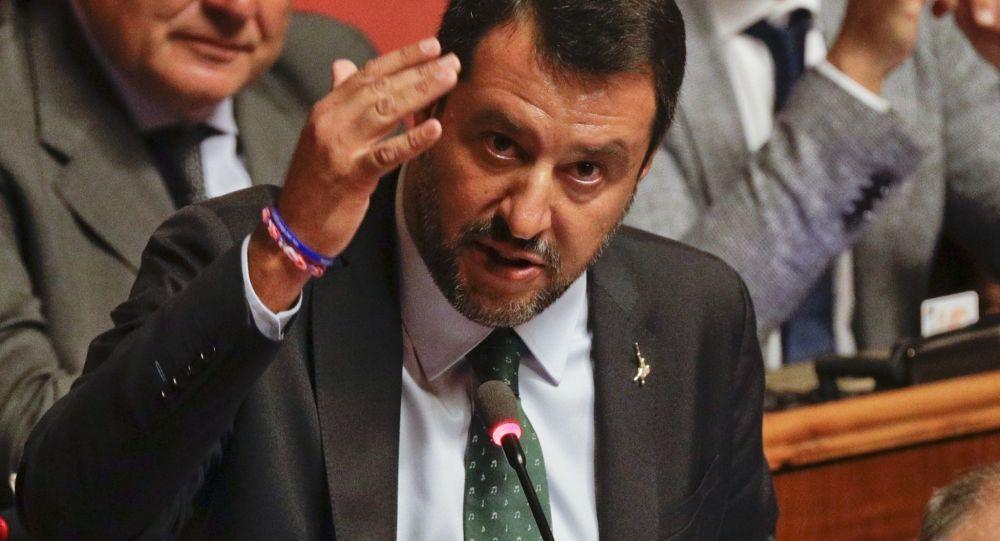 Governo, Salvini contro Conte e Grillo: l'annuncio a sorpresa
