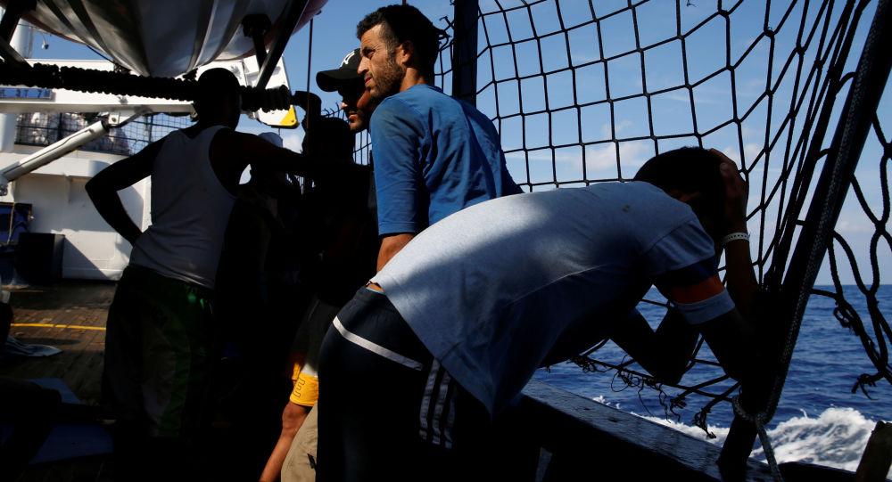 Alan Kurdi, negato porto sicuro: l'attacco di Orfini