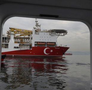 La nave da perforazione Yavuz