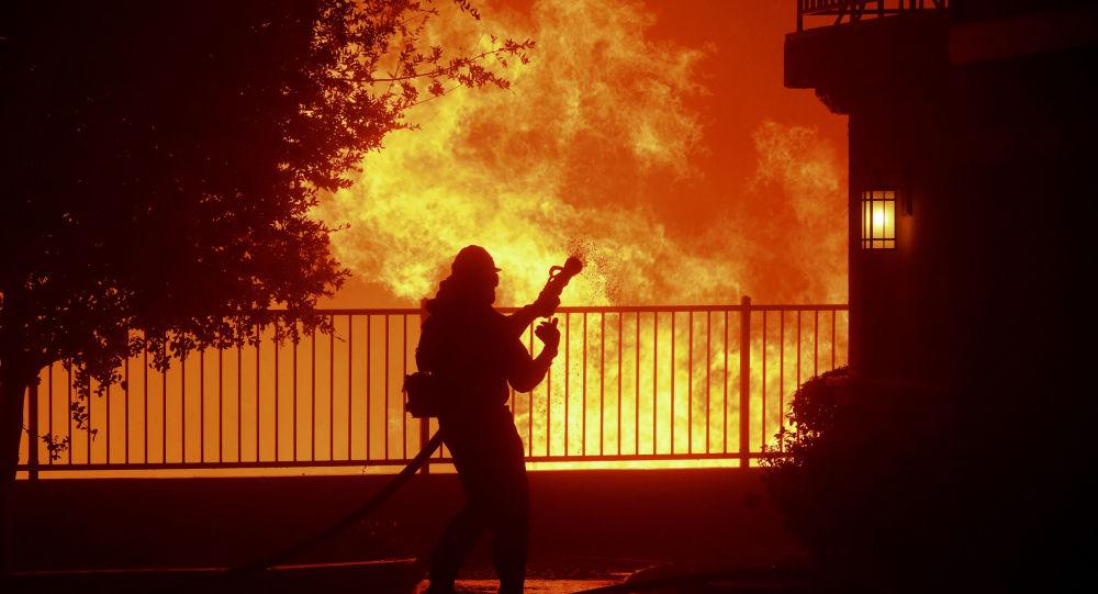 Pompiei a Saddleridge, Los Angeles