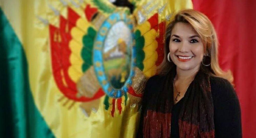 Chi è Jeanine Anez, la donna ora al comando della Bolivia?