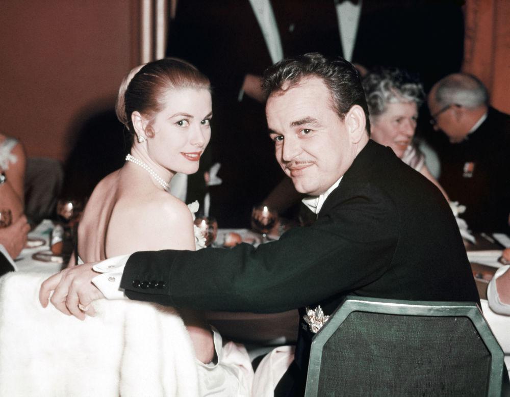Il Principe Ranieri III con la moglie Principessa Grace di Monaco, 1955