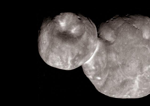 Asteroide Arrokoth (Ultima Thule)